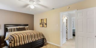 CrestWind Townhomes and Apartments Photo Gallery 1