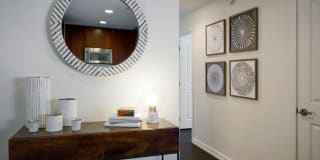 Edgewater Apartments Photo Gallery 1