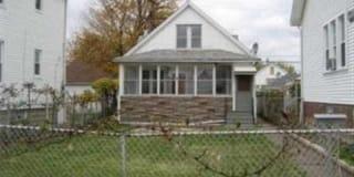 2371 Commor Street Photo Gallery 1
