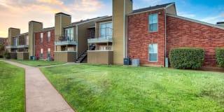 Huntington Circle Apartments Photo Gallery 1