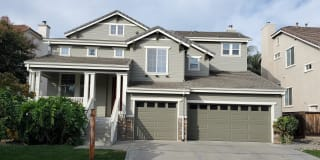 357 Roundhill Dr Photo Gallery 1
