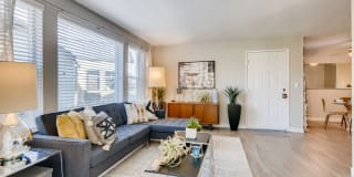 Rivercrest Meadows Apartments Photo Gallery 1