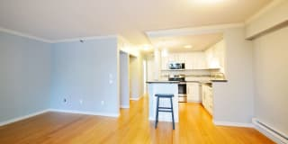 2621 2nd Ave #501 Photo Gallery 1