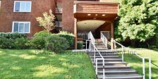 120 Seminary Dr Apt 2C Photo Gallery 1