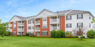 Evergreen Farms Apartments Photo Gallery 1