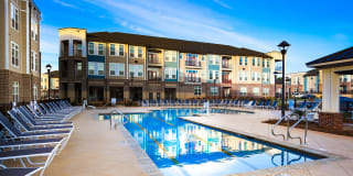 Apartments at Holly Crest Photo Gallery 1