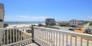 215 Summerwinds Place Photo Gallery 1