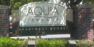 Aquia Terrace Apartments Photo Gallery 1