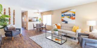 Landon Park Apartment Homes Photo Gallery 1