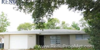 10226 Willow Drive Photo Gallery 1