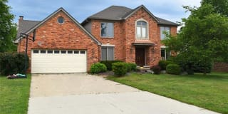 332 SILVERVALE Drive Photo Gallery 1