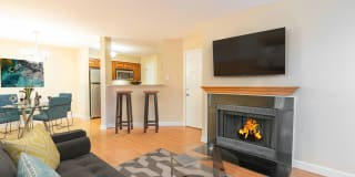 Peachtree Apartments Photo Gallery 1