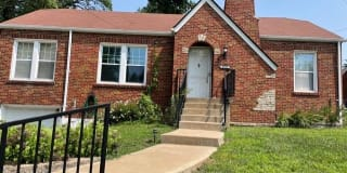 8959 Forest Avenue Photo Gallery 1