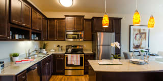 Siena Apartment Homes Photo Gallery 1