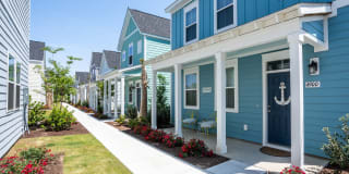 Seaglass Cottage Apartment Homes Photo Gallery 1