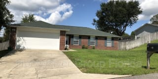 130 Louise Dr Photo Gallery 1