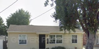 130 S Pastoria Ave Photo Gallery 1