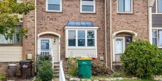 1065 Bolton Court Photo Gallery 1