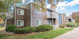 Stone Creek Apartments Photo Gallery 1