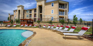 The Residence at Gateway Village Photo Gallery 1