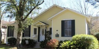 1109 South Court Street Photo Gallery 1