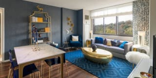 15 Bank Apartments Photo Gallery 1