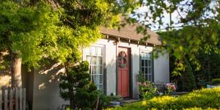 3805 Zen Garden Cottage Photo Gallery 1