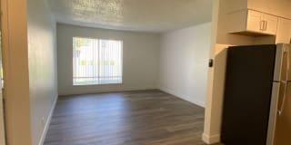 Grayson Apartments Photo Gallery 1