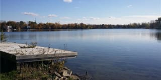 5039 Elizabeth Lake Rd Photo Gallery 1