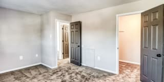 Carriage Park Apartments Photo Gallery 1