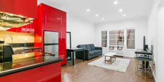 7229 Willoughby Ave Photo Gallery 1