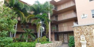 2861 Somerset Dr Photo Gallery 1