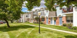 Heather Ridge Apartments Photo Gallery 1