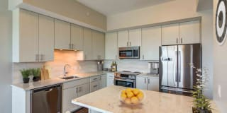 Summer House Apartments in Downtown Stamford Photo Gallery 1
