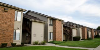 Furnished/Turnkey Suites @ Oak Hill Apartments Photo Gallery 1