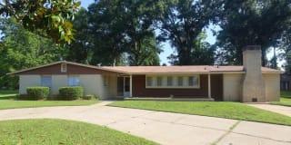 184 Millers Creek Drive Photo Gallery 1