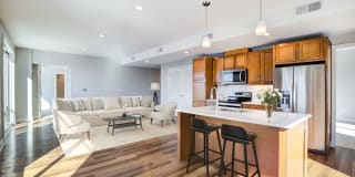 Overlook at River Place Photo Gallery 1