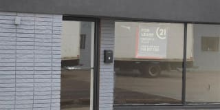 31529 W Thirteen Mile Rd. Photo Gallery 1