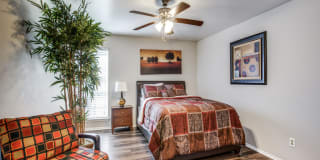 Regal Crossing Apartment Homes Photo Gallery 1