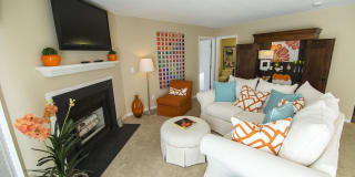 Briarleigh Park Apartments Photo Gallery 1
