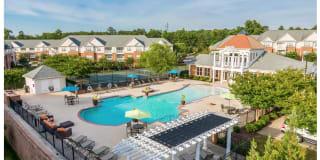 White Oak Luxury Apartments Photo Gallery 1