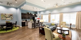 Willow Creek Apartments Photo Gallery 1