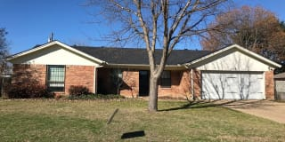 1510 Surry Place Photo Gallery 1