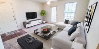 Western Springs Apartments Photo Gallery 1