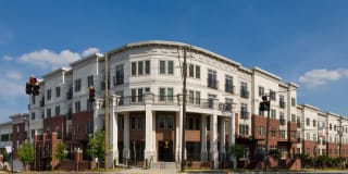 Tremont Apartment Homes Photo Gallery 1