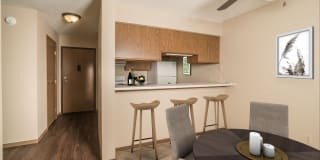 Beadle West Apartments Photo Gallery 1