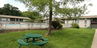 Willowbrook Apartments Photo Gallery 1
