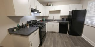 The George Apartment Homes Photo Gallery 1