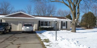4735 Kingswood Dr Photo Gallery 1