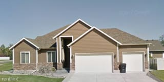 1789 Crystal Dr Photo Gallery 1
